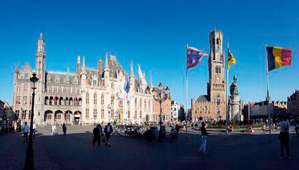 Tour em Bruges
